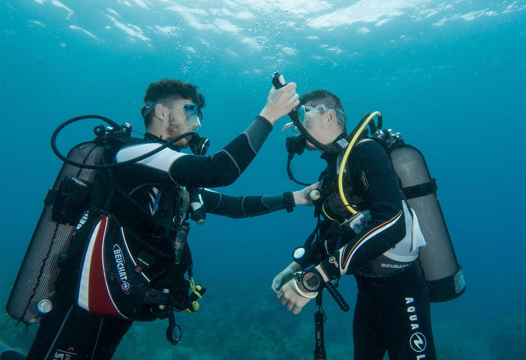 United Divers Egypt Safaga Formation Loisir